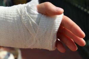 orthopedics, bandage, hand-3536790.jpg
