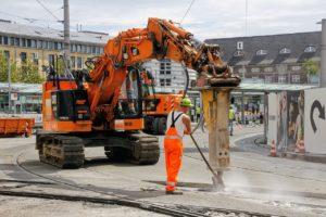 construction site, construction worker, tram-2630480.jpg