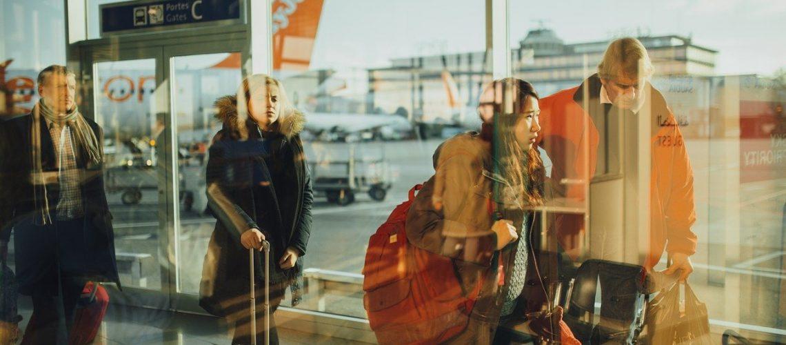 airport, travelers, persons-731196.jpg
