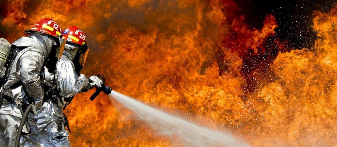 firefighters, fire, firefighting-115800.jpg